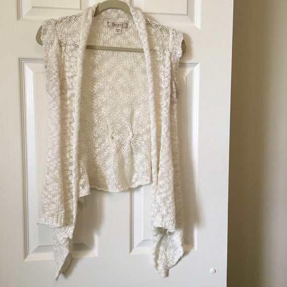 Decree Accessories - Decree Sweater Vest Cream Drape Draped Design